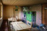 In einer Hütte des Forststeigs